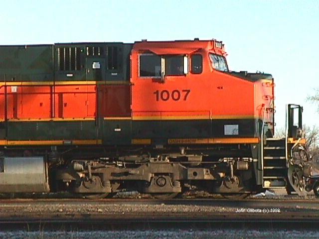 BNSF Dash-9 #1007